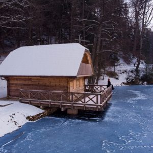 Ribarska kućica na Trakošćanskom jezeru